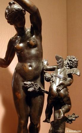 medium_Vénus_châtiant_Cupidon.jpg