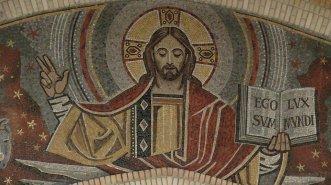 rémi brague,dieu des chrétiens,saint irénée de lyon