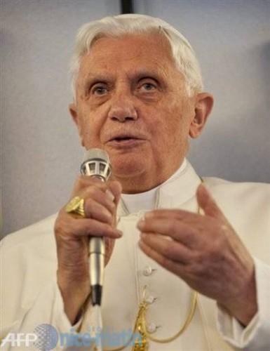 Benoît XVI 2.jpg
