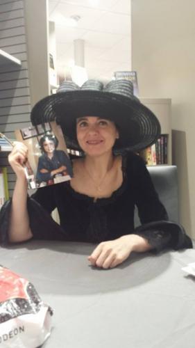 amélie nothomb,pétronille,stéphanie hochet,champagne,littérature,critique