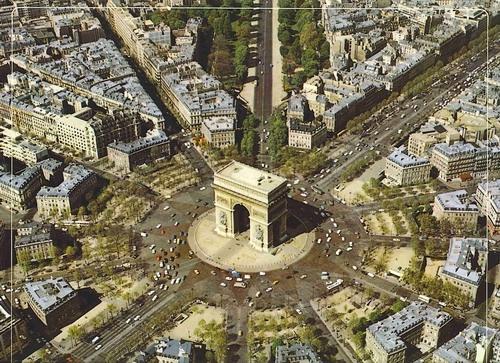 paris - place de l'etoile.jpg