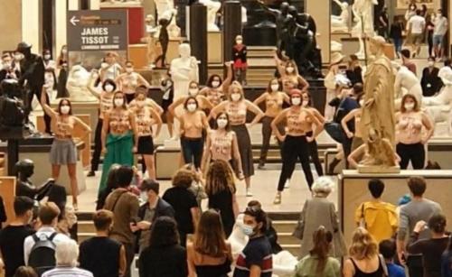 Femen Orsay.jpg