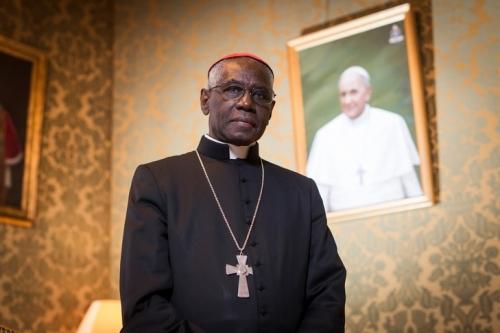 benoît xvi,pape françois,cardinal sarah,catholicisme,question sociale,l'incorrect