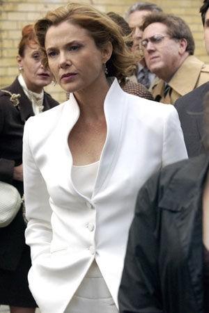 Annette Bening dans les Soprano.jpg